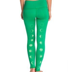 Teeki Moon Dance Green Leggings Size Large